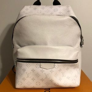 Louis Vuitton White Tiaga Discovery Backpack